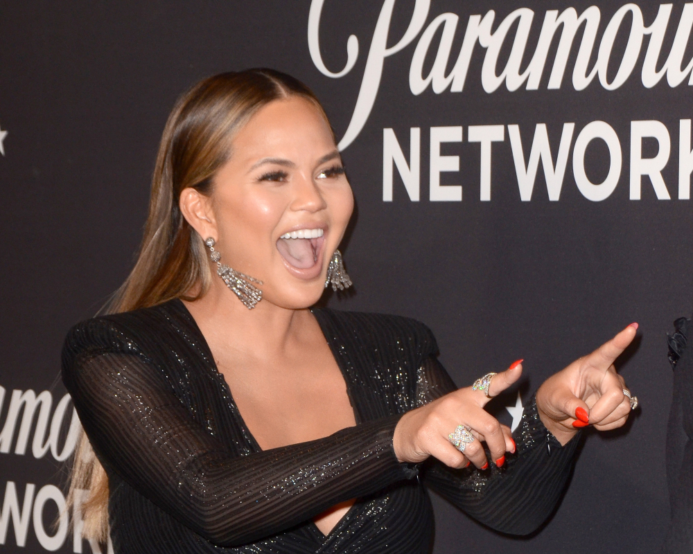 chrissy teigen, celebrity leading the body positivity movement