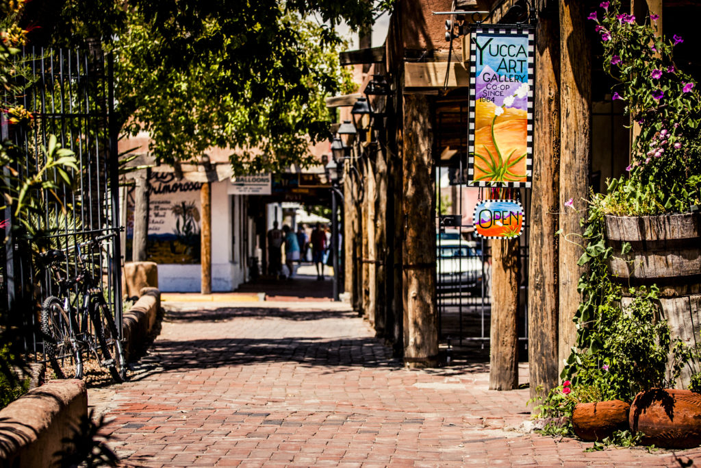 best places to travel alone in the US - Yucca Art Gallery in santa fe, new mexico