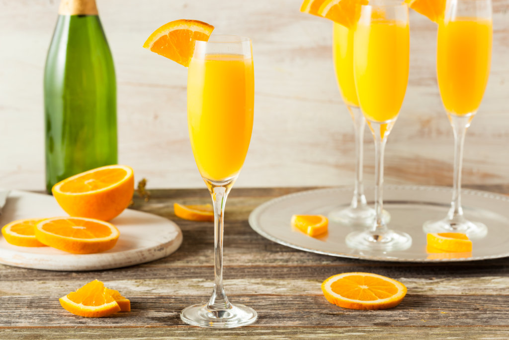 mimosas with orange slices