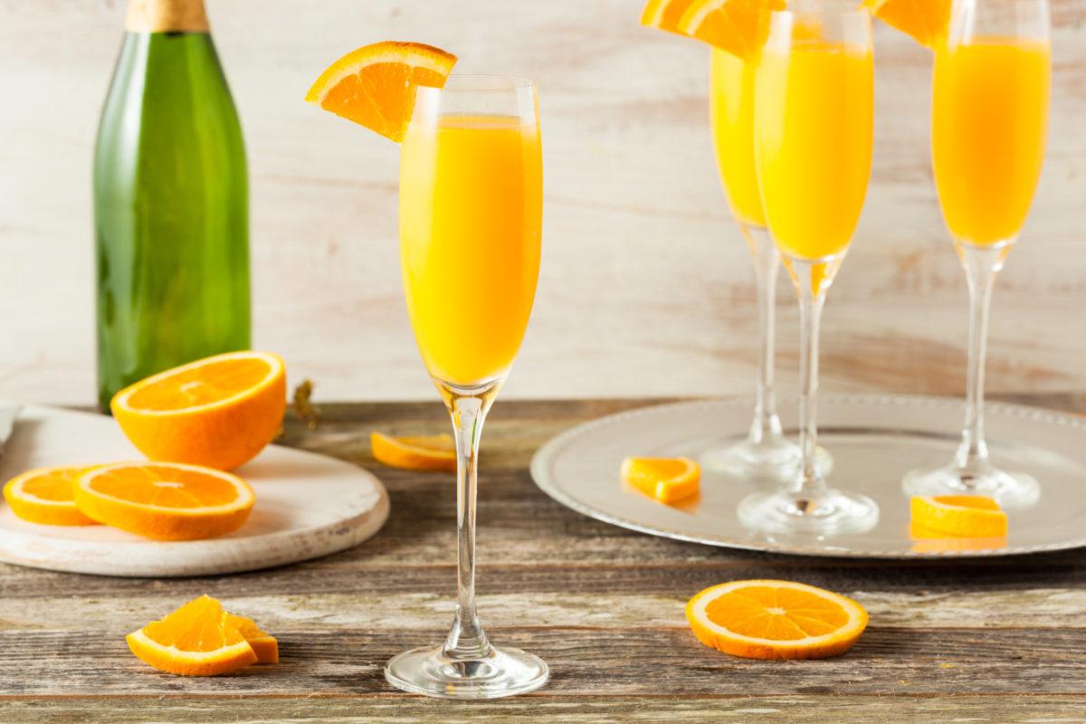 mimosas with orange slices