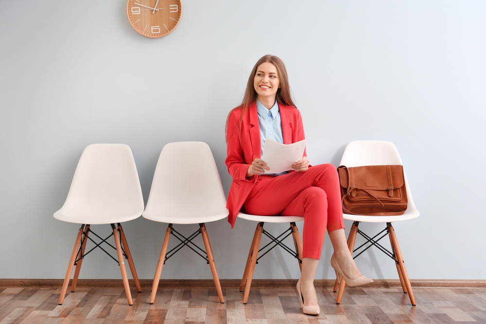 girl waiting to be interviewed - tips for a successful job interview