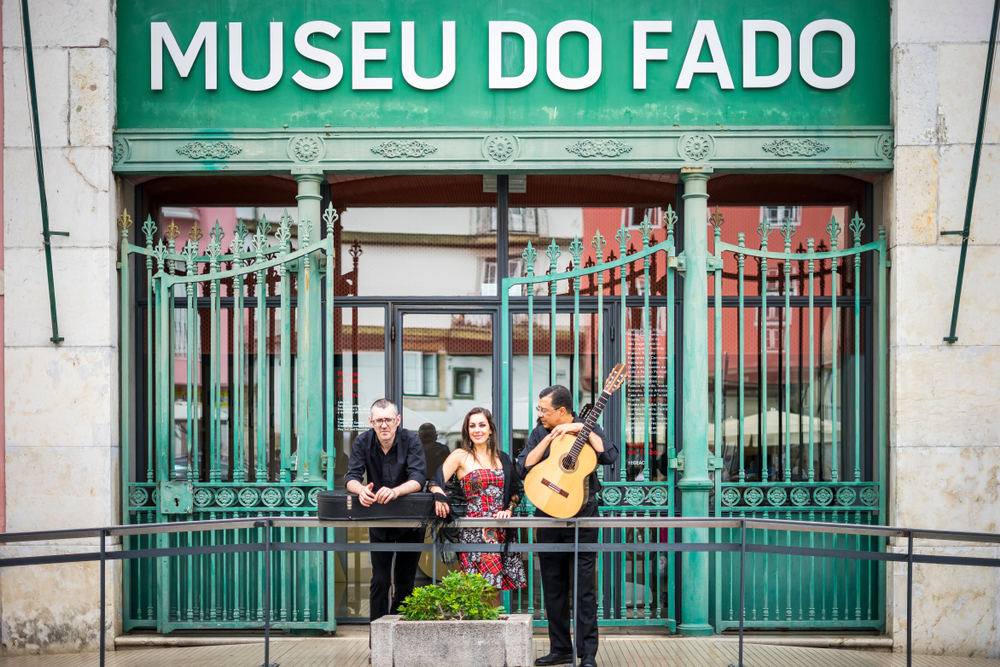 reasons to visit Lisbon – the music like traditional fado singers