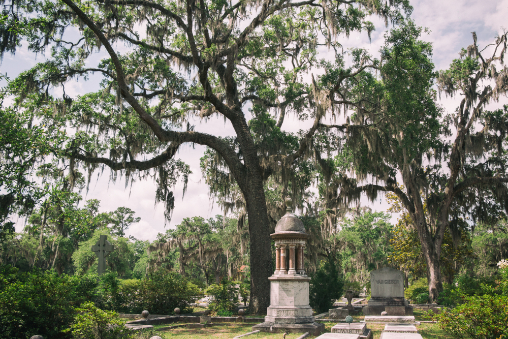 Bonaventure Cemetery with hauntingly beautiful memorials in Savannah, Georgia destination for celebrating Halloween